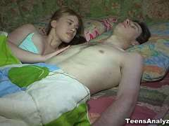 Pärchen beim sex junge Das junge