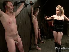 Im Sklavenkeller mit den blonden Dominas Aiden und Ashley